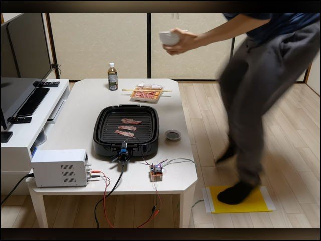 اس ایجاد کو دیکھتے ہوئے انسان کی جسمانی حرکت سے گرمی پیدا کرنے والے ماحول دوست چولہے بنائے جاسکتے ہیں۔ (یوٹیوب اسکرین گریب)